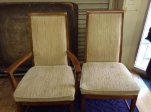 マル二椅子張り替え
